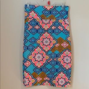 NWT Agnes & Dora neon colored paisley skirt
